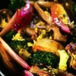 Padellata di verdure con carciofi e broccoli